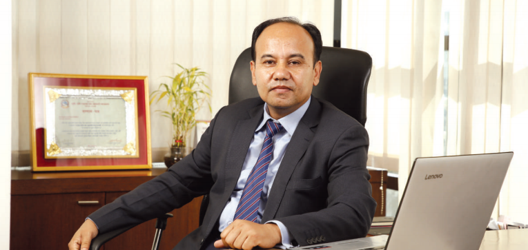 How much does CEO of Siddharta Insurance draws annually?